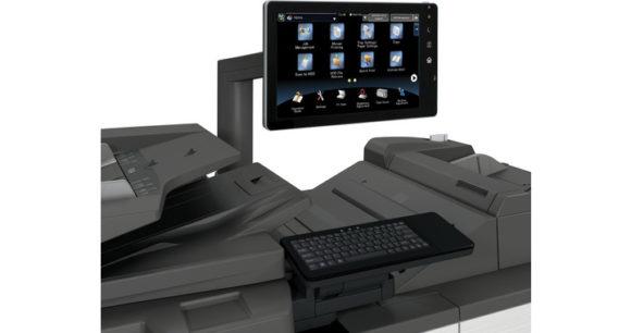 sistema di stampa di produzione Sharp mx-m1205-mx-m1055 - tastiera e monitor