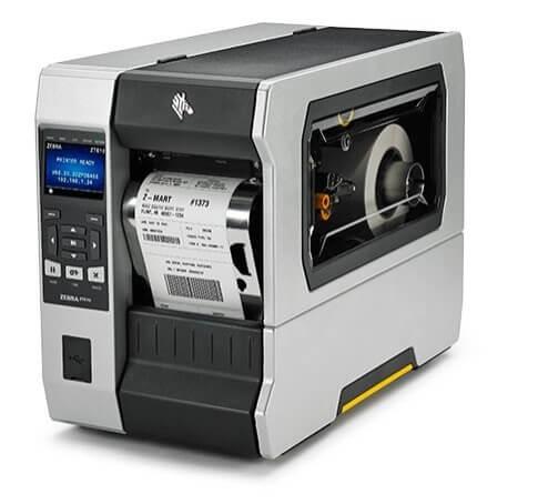 modello zt620 di stampante etichette adesive Zebra vista di fronte con carta di rotolo per etichetta con codice a barre