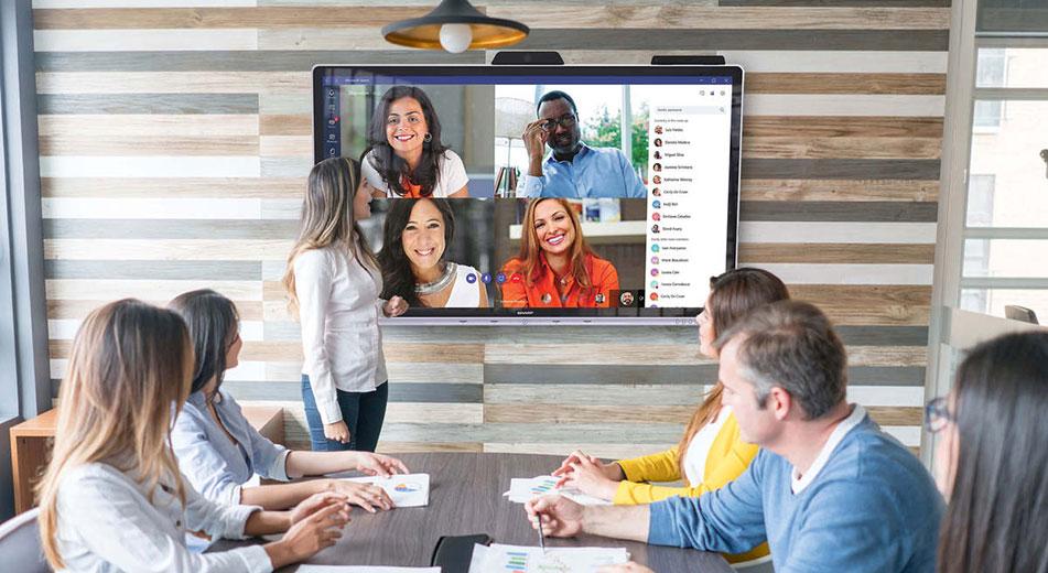 Monitor e lavagne interattive multimediali